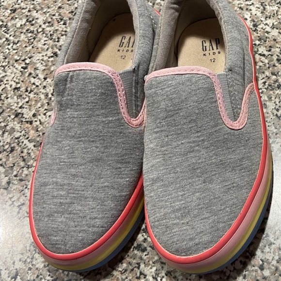 GAP Factory Other - Gap Outlet Slip-On Sneakers with rainbow trim